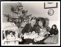 2261 - Foto - Mädchen Mit Puppen Puppenwagen Spielzeug - Fotografie