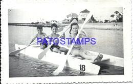 104826 URUGUAY PUNTA DEL ESTE BOAT AND CHILDREN YEAR 1944 POSTAL POSTCARD - Uruguay