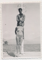 REAL PHOTO,Family On Beach Dock Trunks Man Swimsu Woman And Kid Boy Homme Femme Et Enfant Garcon Plage ORIGINAL - Photographs