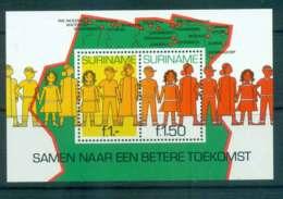 Surinam 1981 Youth & It's Future MS MUH Lot47235 - Surinam