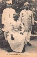 CPA PONDICHERY - Négociants Indiens - Inde