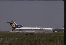 SLIDE / AVION / AIRCRAFT   KODAK  ORIGINAL    LUFTHANSA  B 727   D-ABKE - Diapositives (slides)