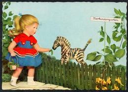 C0368 - Käthe Kruse Puppen - Planet DDR - Meissner & Buch - Jeux Et Jouets