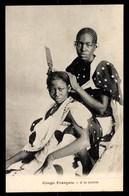 TANZANIE, Zanzibar, A La Toilette, Coiffeuse - Tanzanie