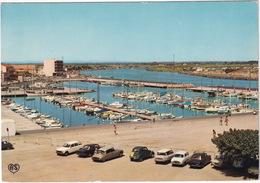 Valras-Plage: PEUGEOT 204 BREAK, SIMCA 1501, CITROËN DS, 2CV, AMI 6, RENAULT DAUPHINE, 8, 6, 4 - Nouvelle Port Plaisance - Toerisme