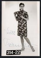 C0425 - Mode DDR - Bretschneider Mühlau Bei Burgstädt Werbekarte Werbung - Pretty Young Women Im Kleid Autogramm - Moda