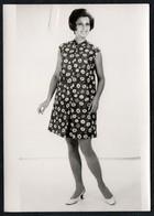 C0427 - Mode DDR - Bretschneider Mühlau Bei Burgstädt Werbekarte Werbung - Pretty Young Women Im Kleid - Moda