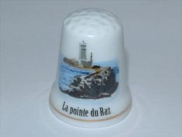 Dé à Coudre En Porcelaine - LA POINTE DU RAZ - E8 - Thimbles