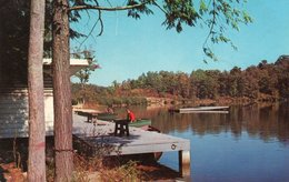 BEAUTIFUL CHENOA LAKE-PINE MOUNTAIN STATE PARK-NEAR PINEVILLE-KENTUCKY - Louisville