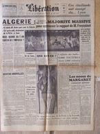 Journal Libération (11 Avril 1960) Algérie - Congrès UNEF - Enquête Cuba An II - Affaires Des Huiles - B Bardot - Kranten