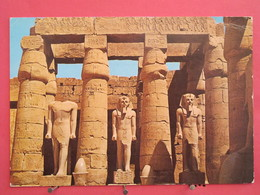 Egypte - Louxor - Le Temple De Ramsès II - Joli Timbre - Scans Recto-verso - Louxor