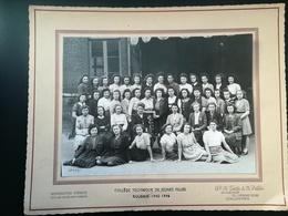 ROUBAIX Hauts-de-France NORD FRANCE COLLÈGE TECHNIQUE JEUNES FILLES UNE PHOTO DE CLASSE ORIGINALE DE CLASSE 1945 -  1946 - Roubaix