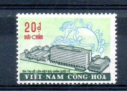 Vietnam Du Sud. Nouveau Bâtiment De L'UPU - Viêt-Nam