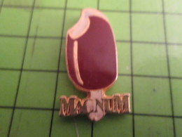 513J Pins Pin's / Rare & De Belle Qualité  THEME : ALIMENTATION / ESKIMO ICE-CREAM MAGNUM CHOCOLAT VANILLE - Food