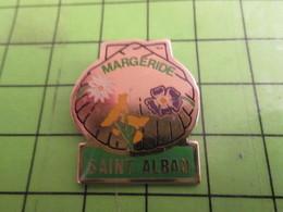 513J Pins Pin's / Rare & De Belle Qualité  THEME : VILLES / COQUILLE ST JACQUES SAINT-ALBAN MARGERIDE - Città