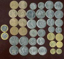 LOT De 20 Pieces Avant L'euro ( Avec Commémorative ) - Monnaies & Billets