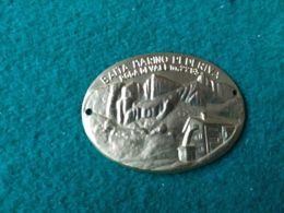 DISTINTIVI DA BASTONE Baita Marino Pederiva  Roda Di Vael 2285 M. - Italia