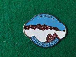 DISTINTIVI DA BASTONE Rifugio Punta Rocca 3254 M. - Italia