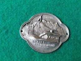 DISTINTIVI DA BASTONE  Marmolada 3342 M. Chalet Pian Dei Fiacconi 2650 M. - Italia
