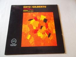 VINYLE 33 T GETZ / GILBERTO FEATURING ANTONIO CARLOS JOBIM  V6 8 545 STANDARD - Jazz