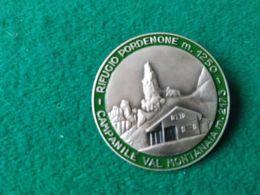 Spilla Rifugio Pordenone 1250 M. Campanile Vaal Montanaia - Altri