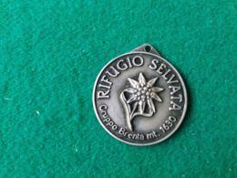 Medaglia Rifugio Selvata 1630 M. Gruppo Brenta - Italia