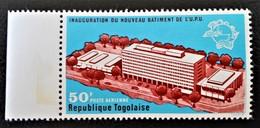 NOUVEAU BATIMENT DE L'U.P.U 1970 - NEUF ** - YT PA 131 - MI 791 - BORD DE FEUILLE - Togo (1960-...)