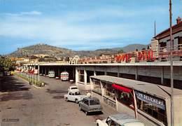 Alès - La Gare Routière - Automobiles - Alès