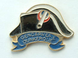 Pin's GENDARMERIE DUNKERQUE - Army