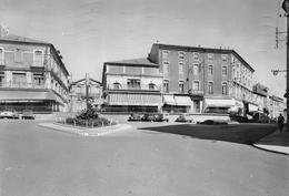 Alès - Place Saint-Jean - Automobiles 2CV - Alès