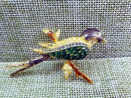 FREE SHIPPING. An Enameled And Rhinestone Bird Brooch Circa 1980's   FREE SHIPPING. - Broches
