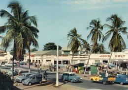 République Du Dahomey. Cotonou. Le Centre Commercial. Automobiles Renault Domaine, Peugeot 203, 403 Etc. - Benin
