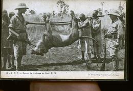 RETOUR DE LA CHASSE AU LION       JLM - Postales