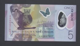 Banconota 5 DOBRAS 2016 - S. TOME E PRINCIPE-  Polymer FDS UNC - San Tomé E Principe