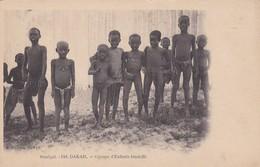 SENEGAL. DAKAR. GROUPE D'ENFANTS OUOLOFFS MD PHOT. CIRCA 1900s. NON CIRCULEE- BLEUP - Senegal