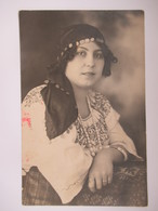 ROMANIA - PORT POPULAR - BUCURESTI 1924 - ATELIER FOTO CARMEN - Persone Anonimi