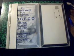 """Publicité """"originale Catalogue  En Forme De Refregirateur  S' Ouvrant """"  Catalogue FRIGECO Refregirateur Annee 50? - Publicidad"""