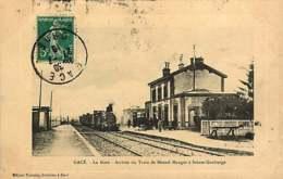 121218A - 61 GACE La Gare Arrivée Du Train De MESNIL MAUGER à Sainte Gauburge - Chemin De Fer - Gace