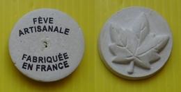 Fève  - Brioche Dorée 2018  - Feuille. - Fèves