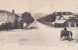 JOIGNY - L'Avenue Gambetta, Vue Prise De La Gare - Joigny