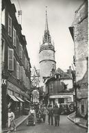Auxerre La Rue De L Horloge - Auxerre