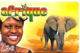 CARTE-PREPAYEE-7.5€;-AFRIQUE-RESEAU TISCALI-FEMME ELEPHANT-31/12/2005-V°N° Série En 12 Gd N° 4/3/3/3 -TBE - France