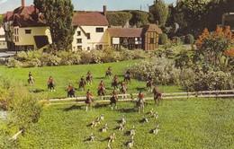 Postcard The Hopshire Hunt Southsea Model Village [ Fox Hunting ] My Ref  B12608 - Hunting