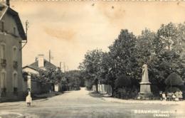 BEAUMONT SUR VESLE  LE MONUMENT AUX MORTS - France