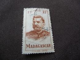 TIMBRE  MADAGASCAR   N  318      COTE  1,80  EUROS   OBLITÉRÉ - Used Stamps