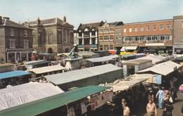 Postcard Market Day Bury St Edmunds My Ref  B12615 - Markets