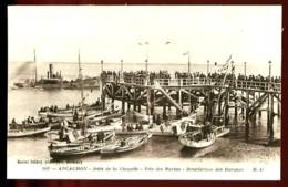 ARCACHON - 502 : Jetée De La Chapelle - Fête Des Marins - Bénédiction Des Barques - (Beau Plan Très Animé) - Arcachon