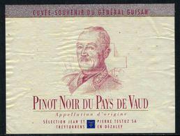 Rare // Etiquette De Vin // Militaire  // Pinot Noir, Le Général Guisan - Militaire