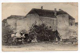 BAZOCHES--1908-L'Ancien Chateau Féodal (animée,batteuse Agricole à Gauche)-Beau Cachet MONT-NOTRE-DAME - France