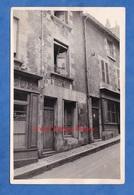 Photo Ancienne - Ville à Situer - Immeuble Dans Une En Pente - Coiffeur ? Maison BEAUSSET - Street Building Magasin - Professions